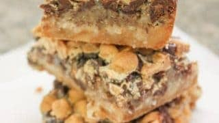 Hello Dolly Bars with Peanut Butter Chips