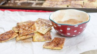 How to Make Cinnamon Sugar Crackers You Can't Say No To
