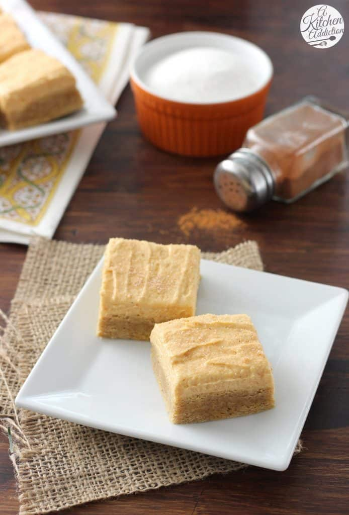 Pumpkin Snickerdoodle Cookie Bars - A Kitchen Addiction