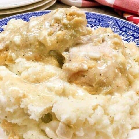 Baked Chicken and Gravy is a delicious dinner that is easy and budget-friendly.
