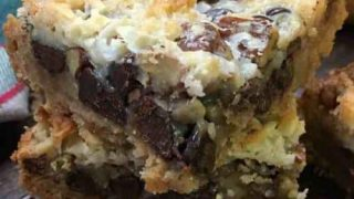 How To Make Hello Dolly Bars