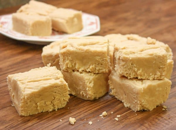 Easy peanut butter fudge marshmallow creme