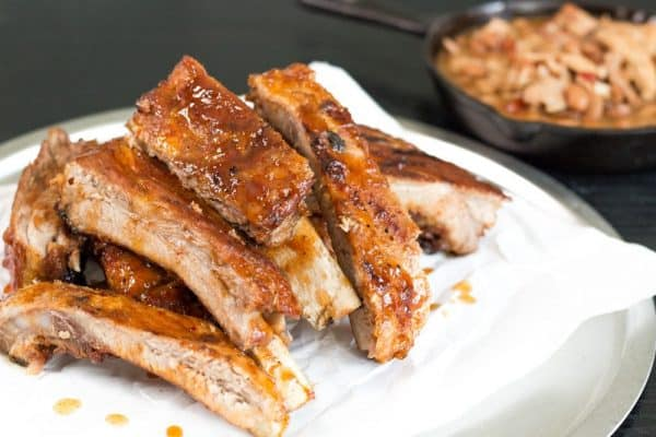 Picture of ribs and barbecue sauce