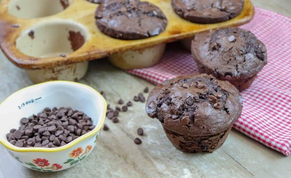 Picture of muffins and chocolate chips