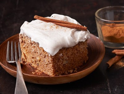 Picture of Old Fashioned Applesauce Spice Cake