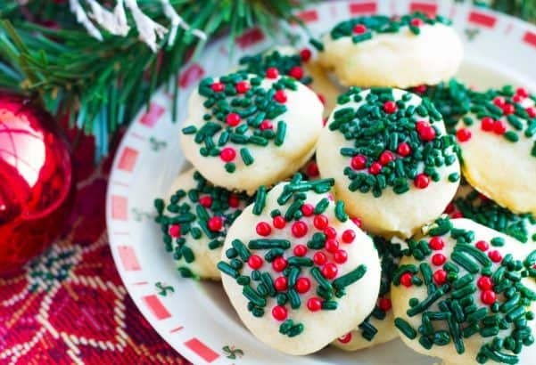 Picture of cookies on a plate