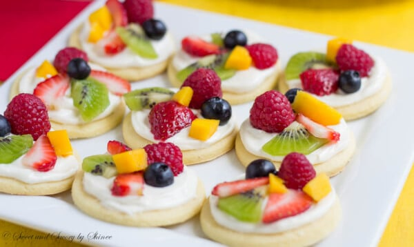 Mini Fruit Pizzas - Sweet & Savory by Shinee