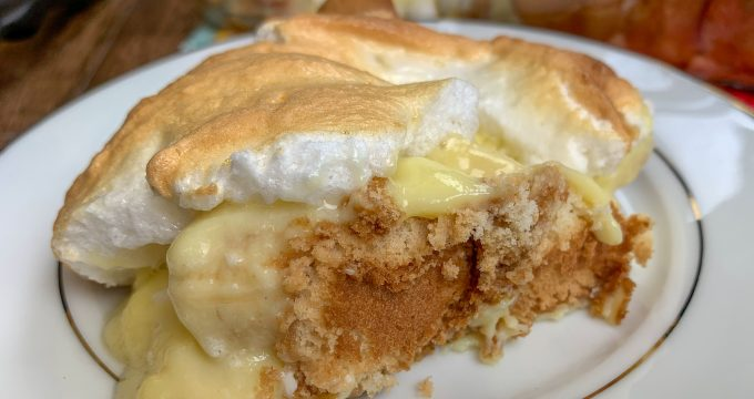 Picture of banana pudding on a plate.