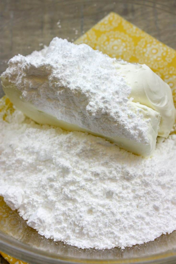 Picture of powdered sugar and cream cheese