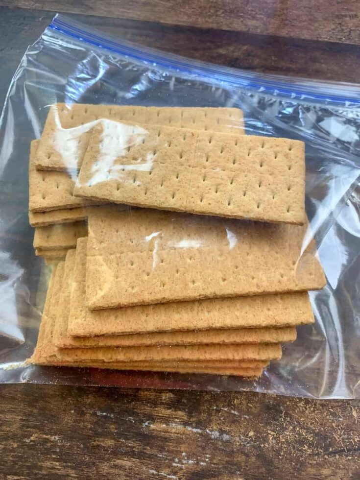 Picture of graham crackers