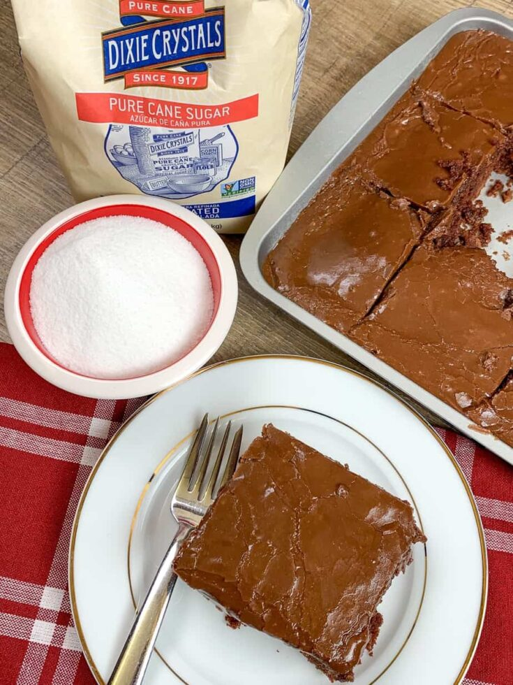 Chocolate cake with Dixie Sugar