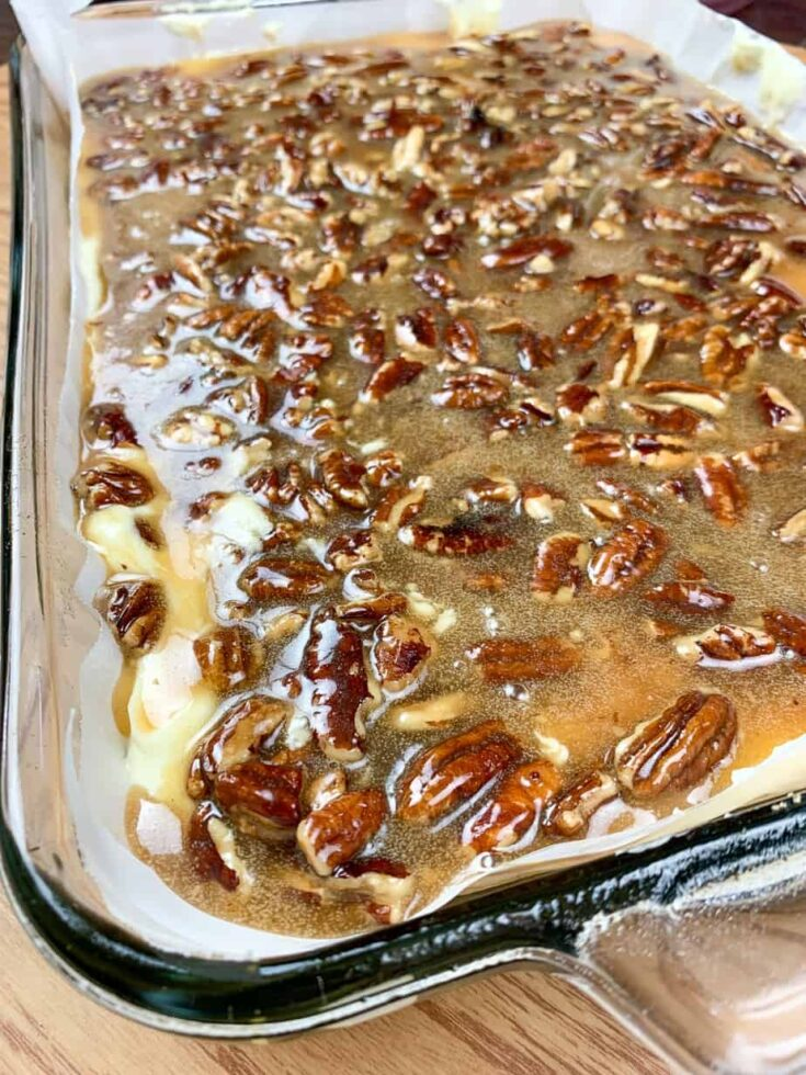 Pecan cheesecake in a large casserole dish