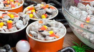 Halloween Muddy Buddies #HalloweenTreatsWeek