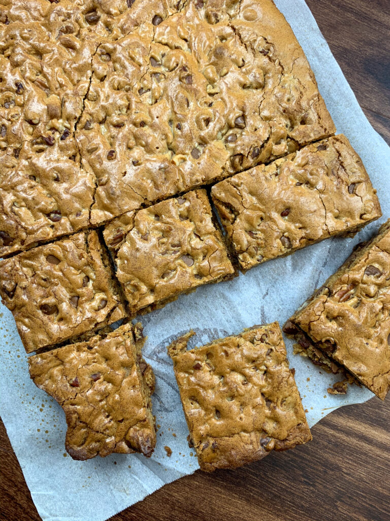 Sliced blondies on parchment paper